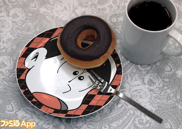 おそ松のお皿使用イメージ