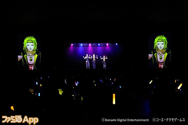 IMG_4908c_5th Anniversary Tour_XIP